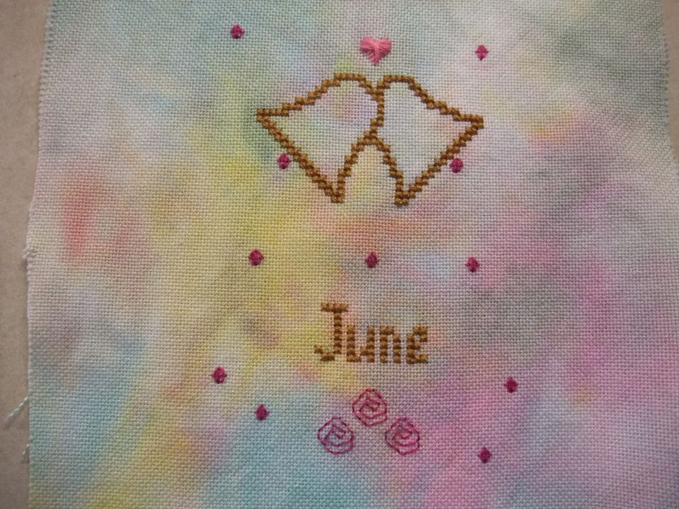 A bit of a wobble doing this one LOL I could not think of the name Rhodes Heart and needed to look up the stitch as I could not remember which was the starting stitch . The beginning location came to mind well before the name of the stitch LOL